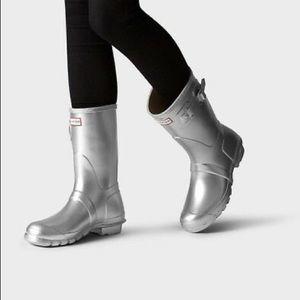 Hunter originals short silver rain boots size 5/6